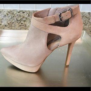 Gianni Bini Suede heeled boots